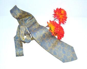"Vintage 70s Wembley  Tie  4"" medium weight  blue gold Paisleys Necktie mens for blue grey black suit     gift for him wedding groom tie"
