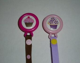 Cupcake Pacifier Clip