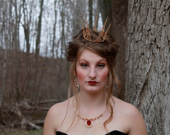 Queen of Hearts Inspired Wire Crown - Gold and Red