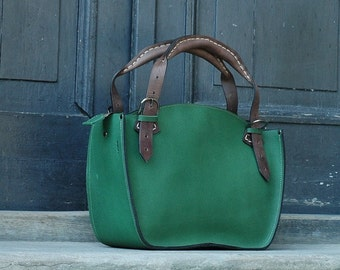 Handmade leather woman handbag with clutch Ladybuq green