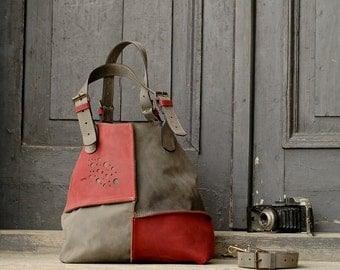 Handmade woman leather bag grey and raspberry ladybuq Alicja design