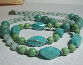 Turquoise Blue Necklace. Turquoise Howlite and Amazonite Necklace. Stone Necklace. Stone and Brass. Summer Style.