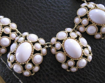 Vintage choker necklace.   16-17  Light pink stones.