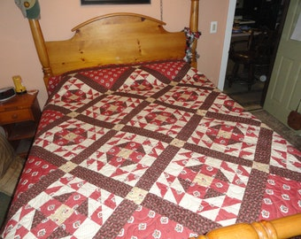 Honeymoon Suite Handmade Queen/King Quilt.  Bold and Brilliant Hot Spice, Burgundy and Cream Patchwork.  Wedding Ring Blocks