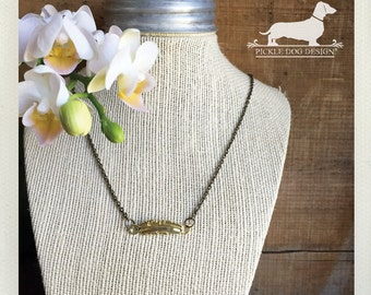 Gold Feather. Necklace -- (Vintage-Style, Simple, Modern, Minimalist, Rustic, Spring, Birthday Gift, Bar Necklace, Birthday Gift Under 10)