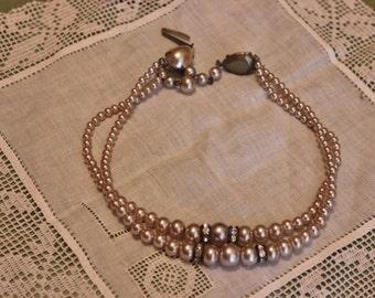 Faux Pearl Necklace Art Nouveau Peach Costume Jewelry Womens Vintage 1950s 50s (J1)