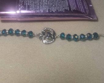 Apple and blue crystal beaded bracelet
