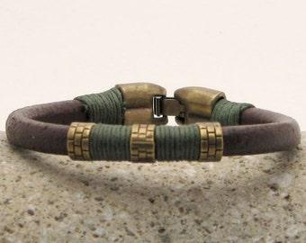 Men's leather bracelet.Mens bracelet.Brown leather men's bracelet with antique green spacer and clasp.