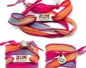RUN INSPIRED - Running Silk Wrap Bracelet - PINK