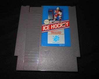 NES ice hockey - video game - Nintendo -