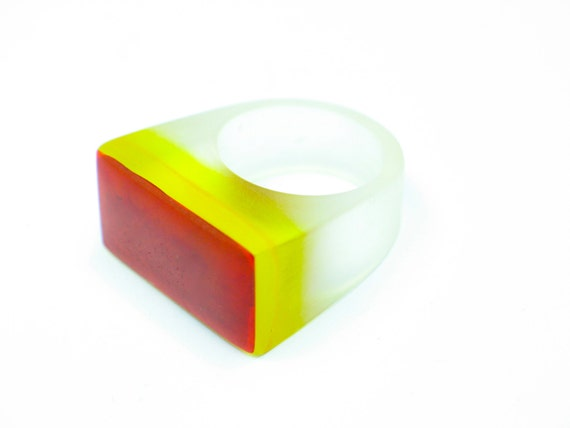 Resin ring. Resin jewelry. Red, yellow, clear. Ombre. Modern jewelry. Cocktail ring. Rothko. Chunky Resin OOAK