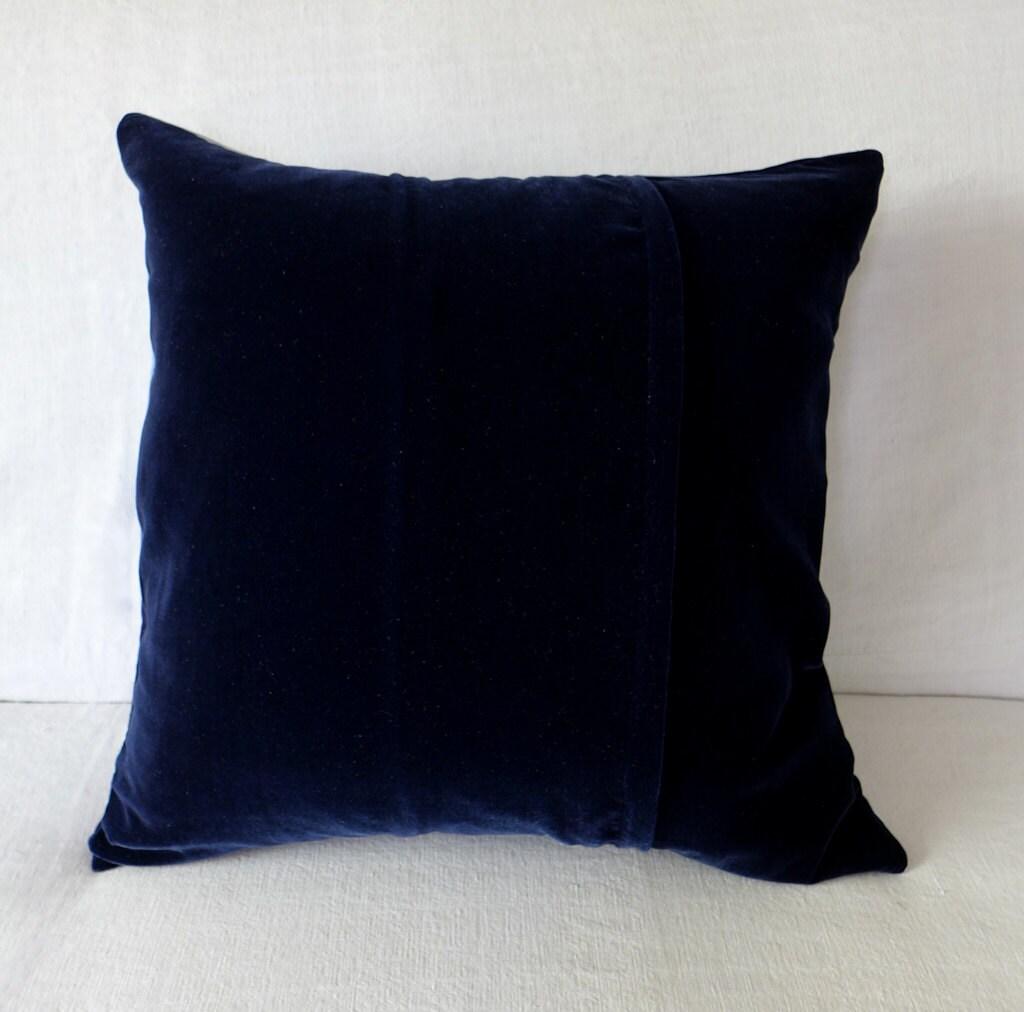 deep blue velvet pillow cushion cover midnight blue by. Black Bedroom Furniture Sets. Home Design Ideas