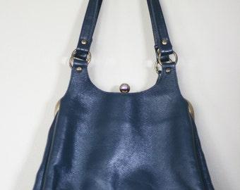 vintage navy blue vinyl purse by margolin cruelty free