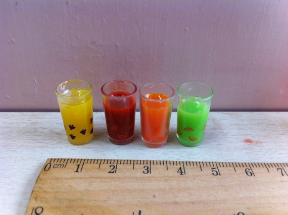 4 Cups of Miniature fruit water ice