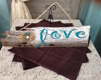 Love!!!! Rustic barn wood sign