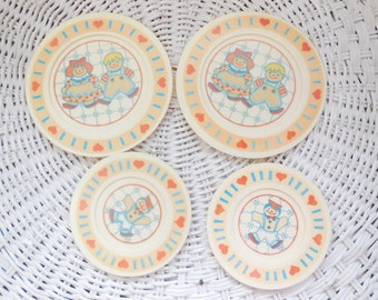 Little toy dishes Raggedy Ann and Andy Or Rag Doll toy Dishes  :)