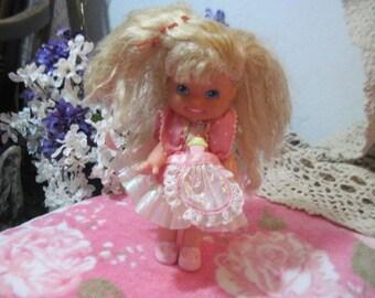 Mattel 1989 Vintage ~ Cherry Merry Muffin ~ Doll  :)S