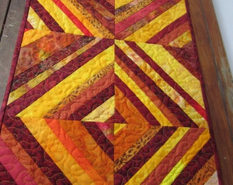 String Quilt table runner.  Quilted table runner.
