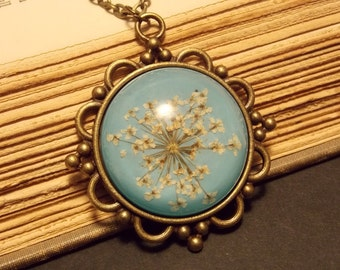 Blue and White Queen Anne's Lace Necklace