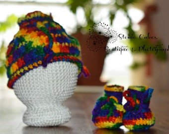 Crochet NB Crayon Colors Squash Hat & Bootie Set - Ready to Ship