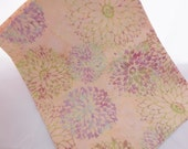 Hoffman Bali Batik Cotton Fabric Fat Quarter - Vanilla Chrysanthemum