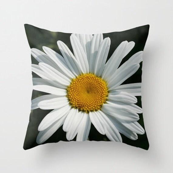 Daisy Decorative Throw Pillow, Art Throw Pillow, Flower Pillow, Floral Pillow, Outdoor Pillows, Throw Pillow, Garden, Flower Photography