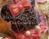 Minnie Mouse Inspired Cake Pops