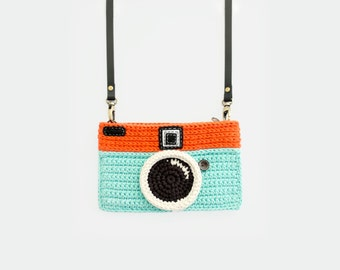 Crochet Vintage Camera Purse/ Mint-Orange Color
