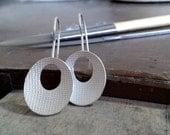 Oval printed earrings