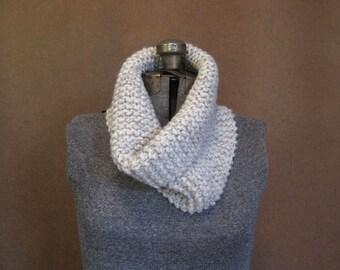 Chunky Cream Knit Cowl, Knit Loop Scarf - Oatmeal