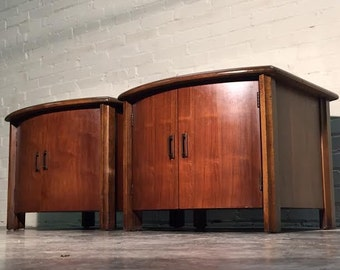 Mid-Century Modern End Table Pair / Cabinets / Nightstands  -  Black Glass Top / Nice Mad Men - Eames Era Decor * SHIPPING NOT INCLUDED *