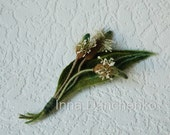 Green Common Plantain Flower Spring Gift Brooch