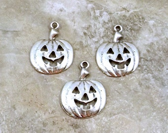 Three Pewter Halloween Jack-O-Lantern Charms - Free Shipping in the US - (5225)