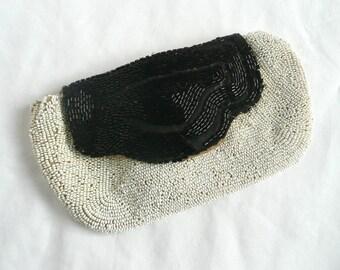 Antique beaded purse - Art Deco French purse - 1920s black and white beaded purse - Art Deco hand beaded purse - vintage evening purse