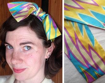 Vintage scarf   1960s pastel mod print silk headscarf
