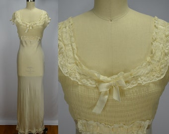 "1930s Cream Silk, Lace & Ribbon Gown ""Rosalind Fine Lingerie"" Vintage Glamour"