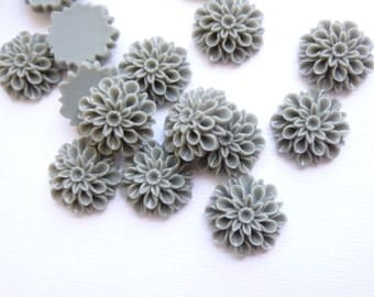 Dark Gray Mum Resin Cabochon 16mm Flat Backed Flower...  15 Pieces