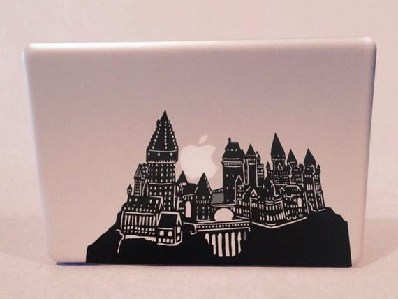 Detailed hogwarts silhouette vinyl decal - Hogwarts decal ...