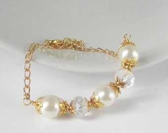 Ivory Gold Pearl Bracelet, Ivory Bridesmaid Jewellery, Simple Bridal Bracelet, Ivory Wedding, Bridal Party Gift, Gold Bridal Jewellery