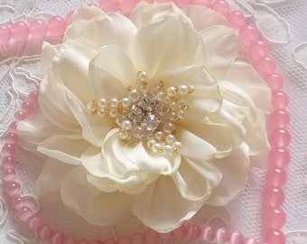 Larger Singed  Flower Singed Rose Fabric Flower Fabric Rose With Rhinestone Pearl (3-1/4 inches) In Cream-332-01