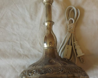 Vintage International Silver Company Silver Plated Lamp CL23-31