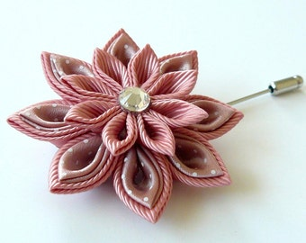 Men's Flower Lapel Pin. Kanzashi  fabric flower brooch . Pale pink flower lapel pin. Boutonniere lapel pin. Pale pink Wedding Boutonniere.