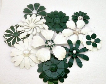 Green and White Enamel Flower Brooch Lot 11 White and Hunter Green Metal Flower Pins Brooch Bouquet flower Broach Pins Green Enamel Flowers