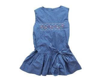 French vintage blue sleeveless smocked summer dress vintage 70s size 2 years