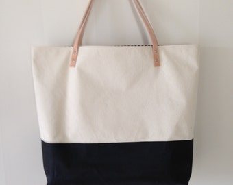 Natural Canvas Tote - Black Painted Bottom