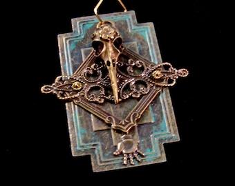 Raven skull on lock plate Pendant