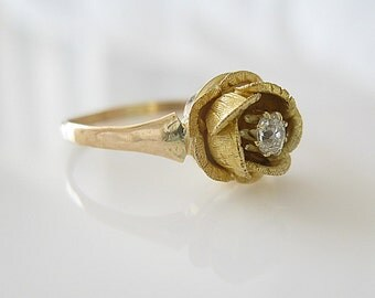 Vintage Brilliant Cut Diamond 14K Gold Ring, Floral Ring, Rose Flower Ring, Frosted Gold Flower