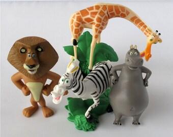 Madagascar CAKE TOPPER Alex Marty Melman Gloria 4 Figure Set Birthday Party Cupcakes Mini Figurines * FAST Shipping * Zoo Jungle