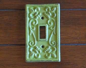 Light Switch Cover / Eden Green on Pick Your Color / Light Switch Plate Cover / Fleur de Lis Design / Cast Iron / Wall Decor