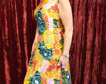Vintage Late 60's Royal Hawaiian Full Length Cotton Print Gown with Corded Edging Around Neckline and Back Bow with Train